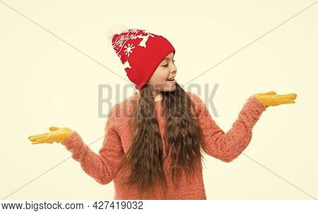 Thing You Need In Winter. Ski Resort. Get Ready For Winter Holiday. Homemade Knit. Little Girl In Wi