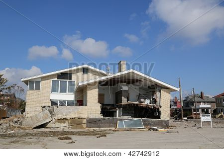 Destroyed beach property for sale  in devastated area four months after Hurricane Sandy