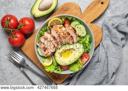 Fresh Vegetable Salad With Grilled Chicken. Ketogenic Diet. Healthy Food Concept. Gray Grunge Backgr
