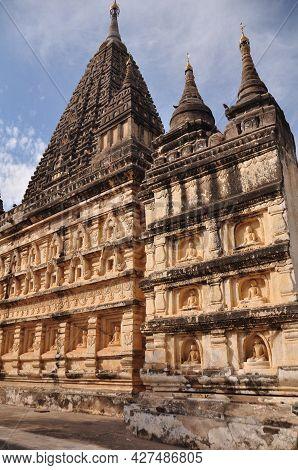 Maha Bodhi Phaya Or Mahabodhi Pagoda Pyay Temple Chedi For Burmese People Foreign Travelers Travel V