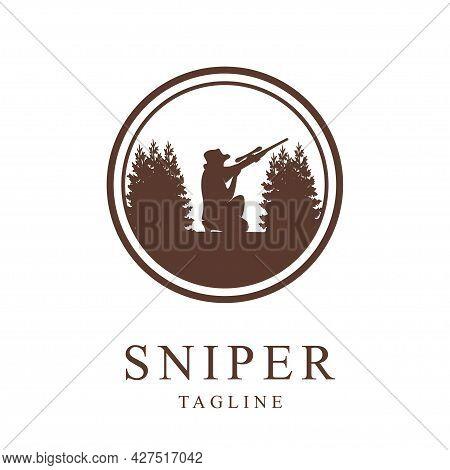 Sniper Logo Design Template.vintage Style Vector Illustration
