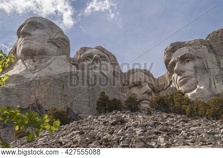 Black Hills, Keystone, Sd, Usa - May 31, 2008: Mount Rushmore. Closeup Of The Famous Sculpture Of 4