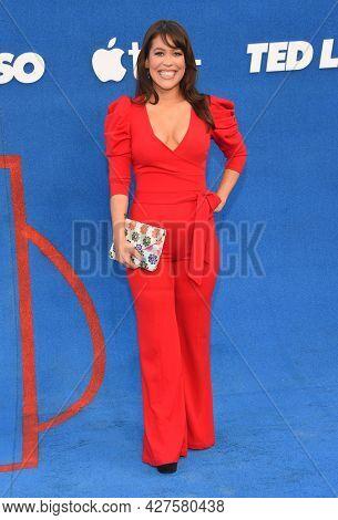 LOS ANGELES - JUL 15: Dani Fernandez arrives for the ''Ted Lasso' Season 2 Premiere on July 15, 2021 in West Hollywood, CA