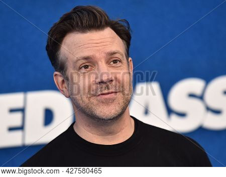 LOS ANGELES - JUL 15: Jason Sudeikis arrives for the Ted Lasso Season 2 Premiere on July 15, 2021 in West Hollywood, CA