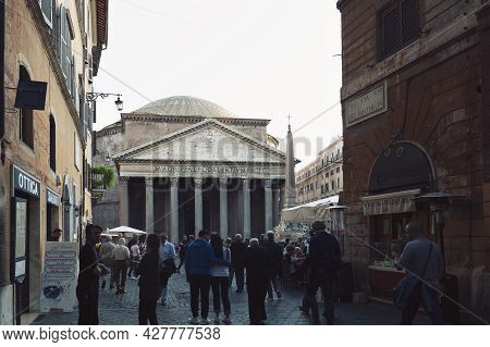 Rome, Italy - October 2019: A Large Crowd Of Tourist Visiting The Pantheon, Ancient Roman Temple And