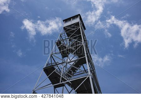 The Hunter Mountain Fire Tower Is One Of Five In The Catskill Mountains And One Of 23 In New York St