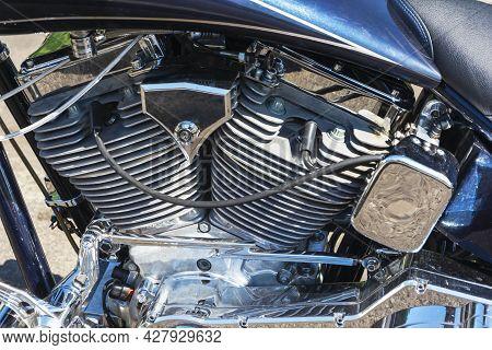 V-shaped Motorcycle Engine, Shiny Chrome Plated Powerful V-shaped Motorcycle Engine, 2 Cylinders