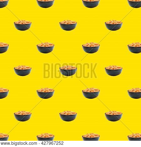 Seamless Pattern From Italian Fusili Pasta. Isolated Cooked Fusili Pasta In A Black Bowl, Yellow Pop
