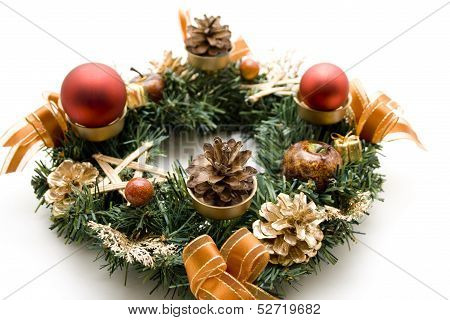 Advent wreath with Christmas balls