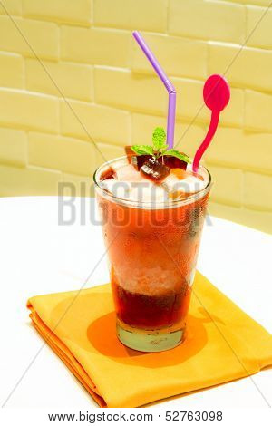 Roselle smoothie, fresh juice blended
