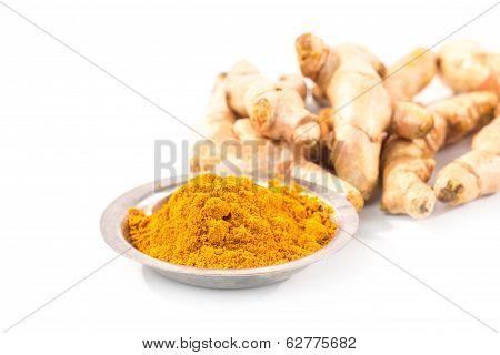 Turmeric Powder With Fresh Turmeric Root