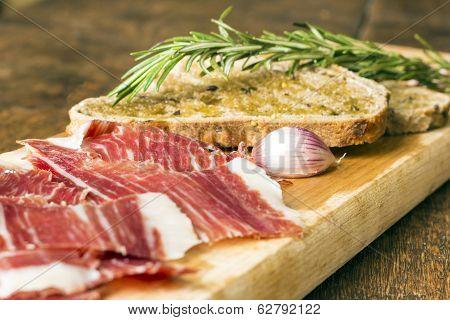 Spanish Ham With Toasts, Focus On Garlic