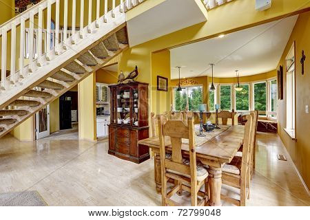 Farm House Interior. Dining Area With Beautiful Table Set