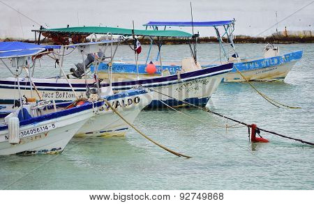 Cozumel - Marz 6: View Of The Port On Cozumel Mexico. The Island Is Located 10 Miles East Of Playa D