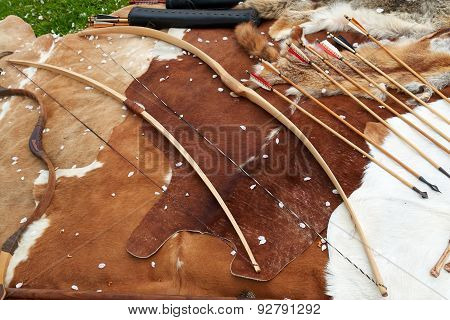 Medieval Middle Age Traditional Bows And Arrows