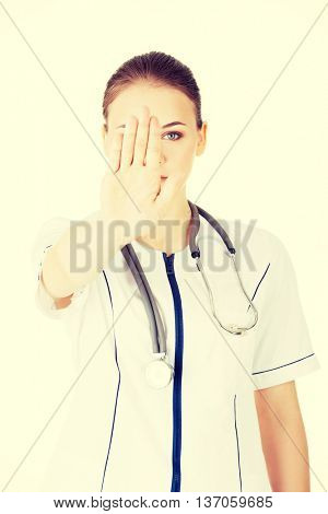 Doctor give you reject gesture