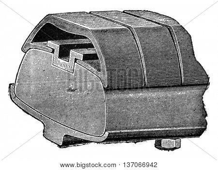 Chameroy bandage, vintage engraved illustration. Industrial encyclopedia E.-O. Lami - 1875.