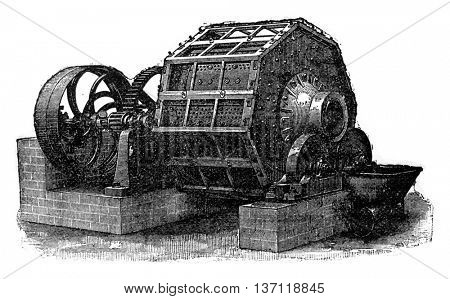 Moulin ball hitters, vintage engraved illustration. Industrial encyclopedia E.-O. Lami - 1875.