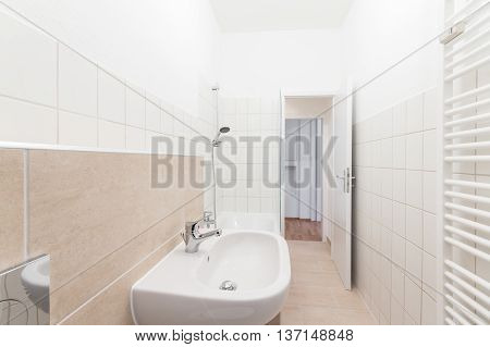 New Bathroom , Tiled Bathroom - Real Estate Interior