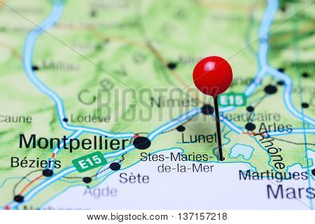 Stes-Maries-de-la-Mer pinned on a map of France