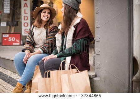 Friends In The City Bench