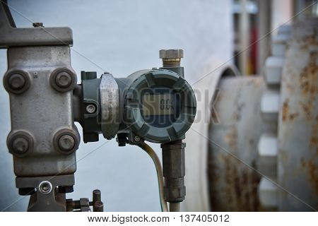 Pressure Transmitter In Oil And Gas Industry For Monitored Process, Digital Display Of Electronic Eq
