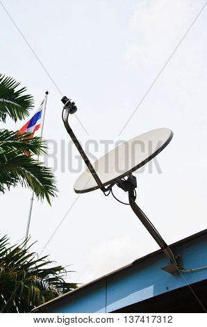 Parabollic Antenna to receive satellite signal on roof