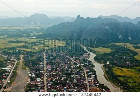 Vang Vieng Laos: beautiful view from air balloon on sunset