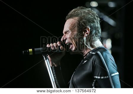 WANTAGH, NY-AUG 14: David Lee Roth of Van Halen performs onstage at Jones Beach Theater on August 14, 2015 in Wantagh, New York.