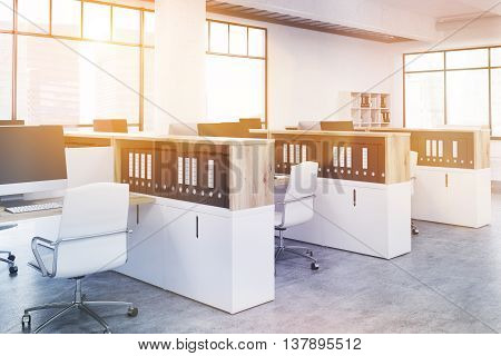 Coworking Office Side Toning