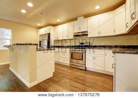 Kitchen Room With White Appliances, Kitchen Island