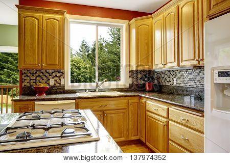 Small Kitchen With Island, Dark Granite Counter Top