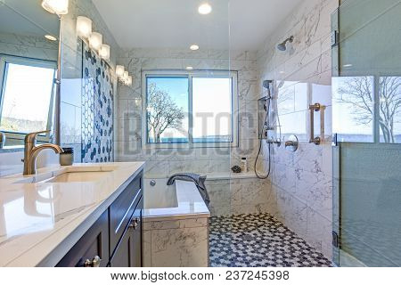 Luxury Bathroom Design With Marble Shower Surround