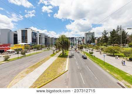 Quito April 2018 In United Nations Avenue  In Quito, The Construction Of The Subway Began. The Subwa