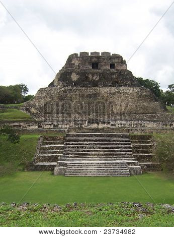 El Castillo at Belize's Xunantunich