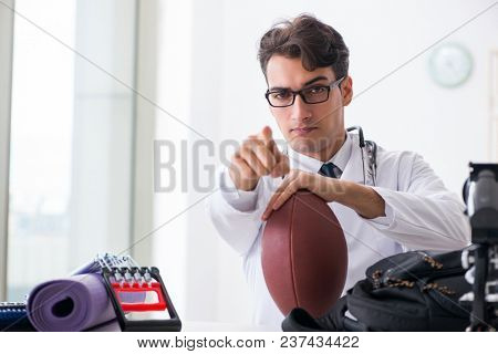 Doctor going to sports during lunch break