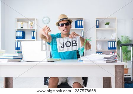 Businessman holding message in office