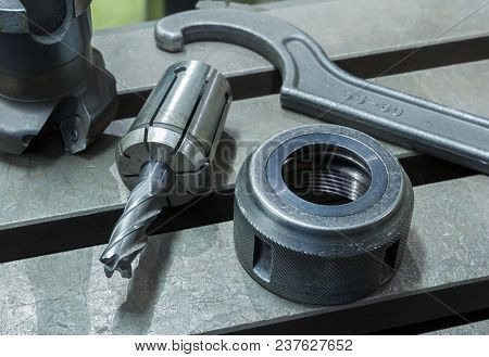 Wrench Lock Milling Tool Cnc Assembly And Remove