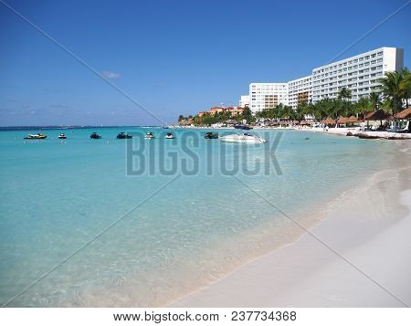 Cancun, Mexico North America On March 2018: View Of Sandy Beach Panorama At Bay Of Caribbean Sea In
