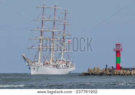 Sailing Vessel - White Frigate Flows Into The Port