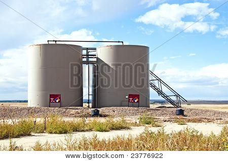 Storage Tanks For Crude Oil