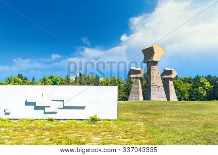 Bubanj Memorial Park In Nis