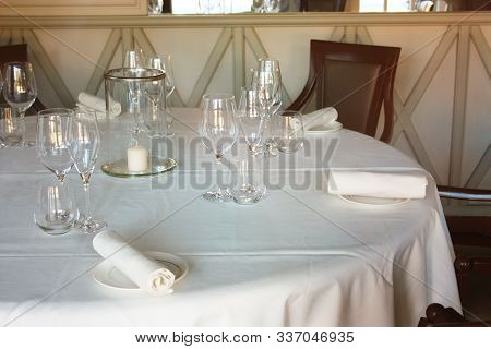 Dining Table Set Up And Set Up With A Lot Of Elegance In The Dining Room Of A Restaurant Or The Dini