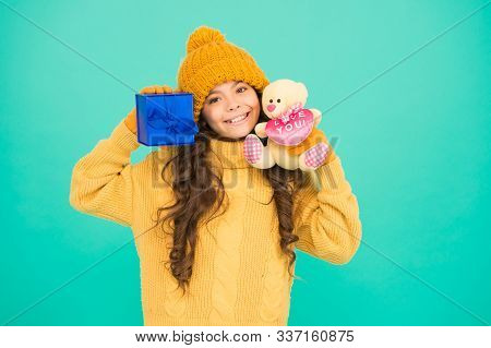 Toy Bear And Present Box. Surprise For Her. Favor On Winter Holidays. St Nicolas Day. Xmas Shopping