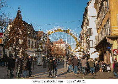 Strasbourg, France - November 30, 2019: Entrance To The Old Town Of Strasbourg At Christmas Time. Ch