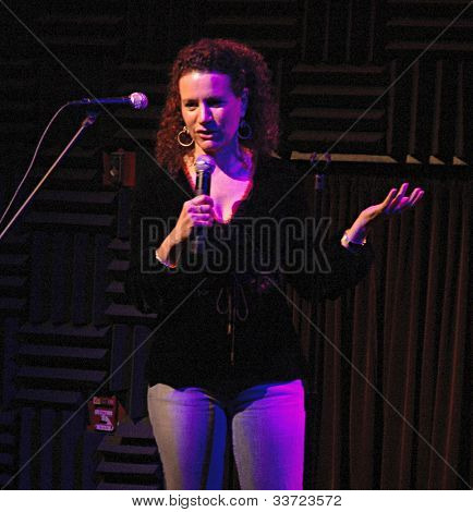 Curb Your Enthusiasm's Suzie Essman at Heeb Storytelling, January 5, 2006 at Joe's Pub in Manhattan