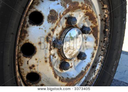 Rusy Wheel
