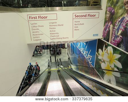 Waikiki - November 8 2014: Escalators Of Clothes Shopping In Ross Store With Signs In English Oahu,