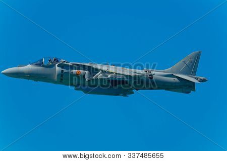 Cadiz, Spain-sep 12: Aircraft Av-8b Harrier Plus Taking Part In A Test On The 1st Airshow Of Cadiz O