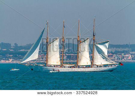 Cadiz, Spain - Jul 29: Portuguese Navy Ship, Creoula Setting Sail On The Tall Ship Races 2012 On Jul